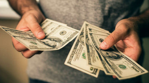2 к чему снится брать в долг деньги — толкование сна по сонникам.