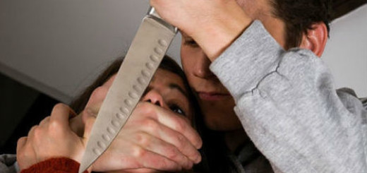 Если во сне вас пытается кто-то убить, такой сон - символ подсознательного стремления избавиться от наскучившего партнера, разорвать с ним отношения.