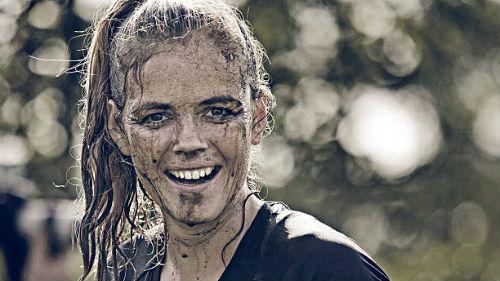 волосы в грязи