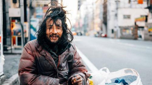 видеть человека с грязными волосами