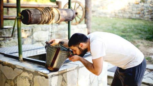 к чему снится ведро воды из колодца