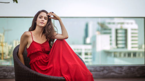 женщина в красном во сне